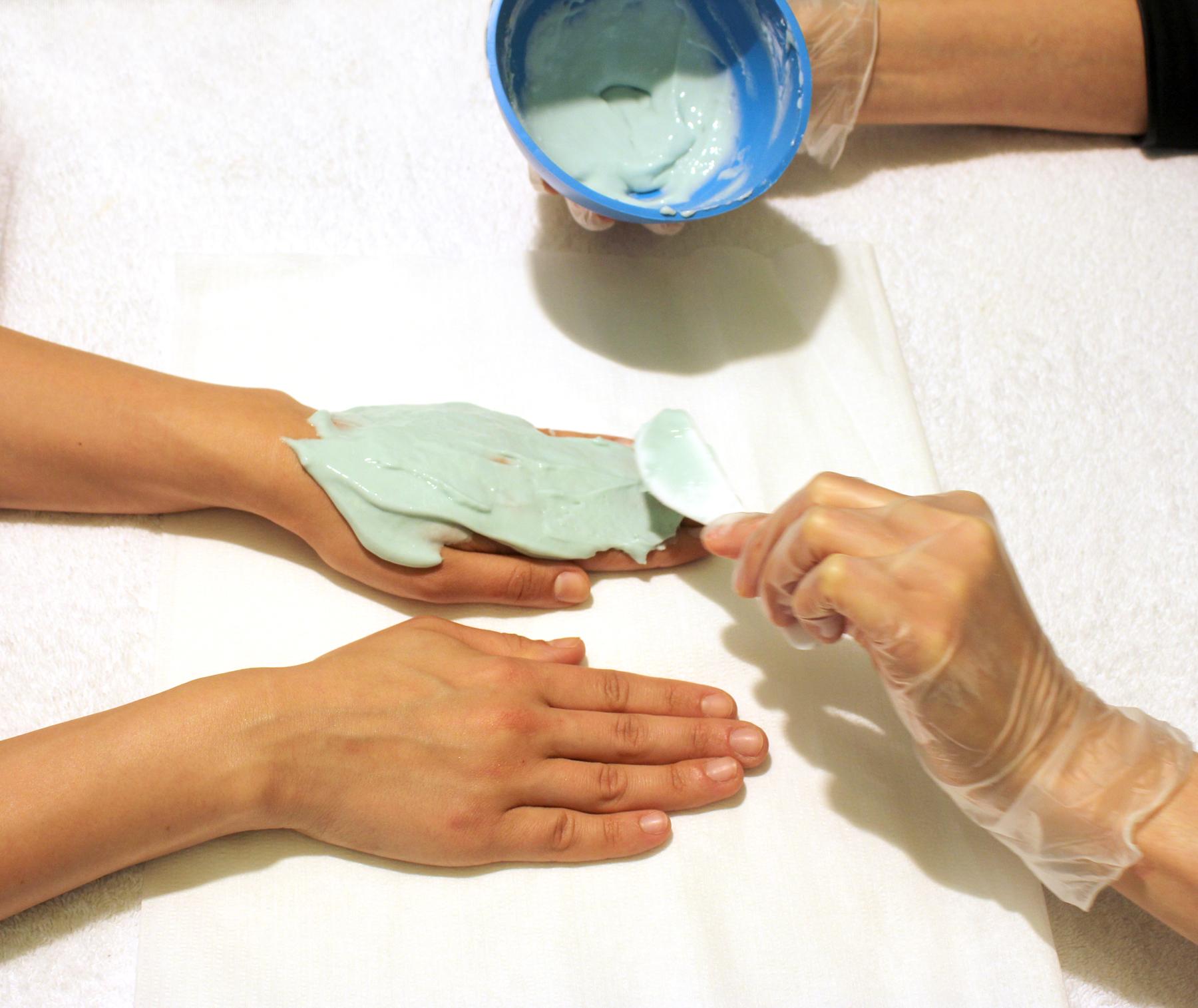 hands anti aging ile ilgili görsel sonucu